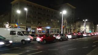 VIDEÓ - Fennakadások a forgalomban a ma átadott Béke téren