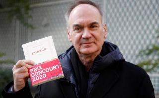 Egy közeljövőben játszódó bestseller kapta a Goncourt-díjat