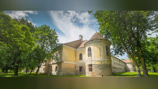 A közösség szolgálatába állítják a gyalui és a sebesvári kastélyt