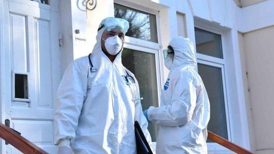 Koronavírus – 5697 napi fertőzés, 107 haláleset