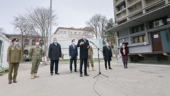 VIDEÓ - Iohannis: karácsonykor és újévkor is érvényben maradnak a korlátozások. Mikor kezdődik az oltáskampány?