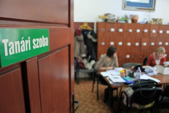 Koronavírus - Felmérés: A tanárok több mint fele nem akarja beoltatni magát