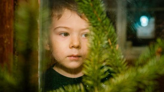 Karácsonyváró gyermekzsivajjal a járványhangulat ellen