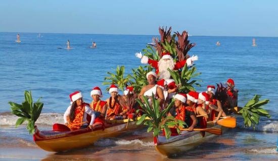 Karácsonyozás Magyarfenestől Hawaiig: összeköt a szeretet, a várakozás öröme