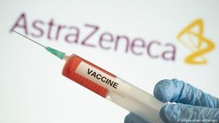 Jóváhagyta a brit gyógyszerfelügyelet az AstraZeneca vakcináját