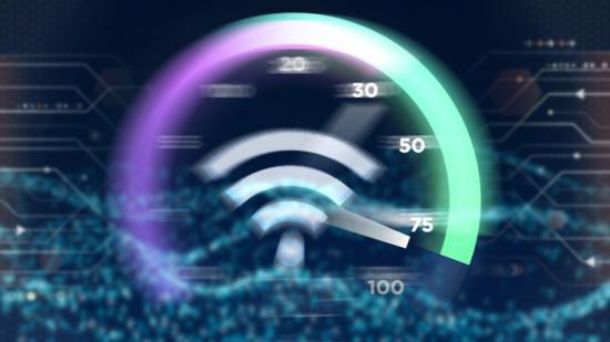 Tízből nyolc háztartásban volt internet-kapcsolat