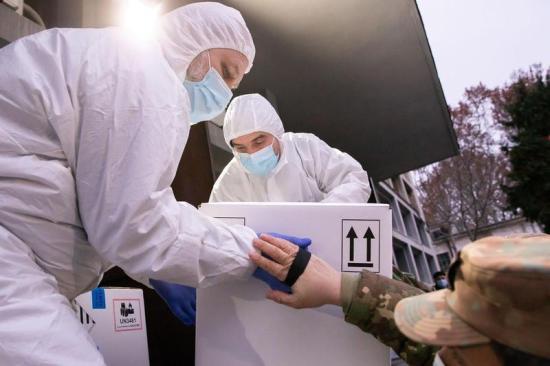 Megérkezett a negyedik vakcinaszállítmány Romániába