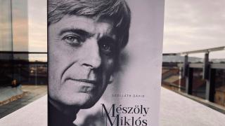 Új monográfia a 100 éve született Mészöly Miklósról