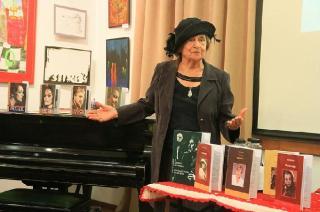 Meghalt Mende Gaby színművész