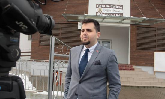 Ülésezett ma a SZÁT: kizárta Apjok Norbertet az RMDSZ-ből; továbbá kormányfőtitkár-helyettest és két államtitkárt nevesített