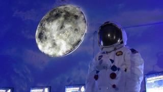 VIDEÓRIPORT - Űrexpó asztronautával, űrsiklóval, szimulátorokkal
