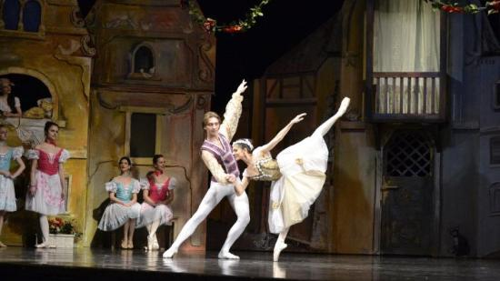 Online balettelőadás a magyar operától