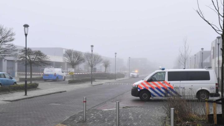 Hollandiában vélhetően pokolgépes támadás ért egy tesztközpontot