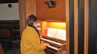 """Harmónia a zenében és az emberben – Interjú dr. Visky M. Krisztinával, a Tóközi Református Egyházközség """"orvos-kántorával"""""""