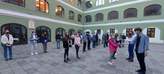 Nem vagytok egyedül! – Refis maturandusok ajándéka a kolozsvári magyar nyolcadikosoknak