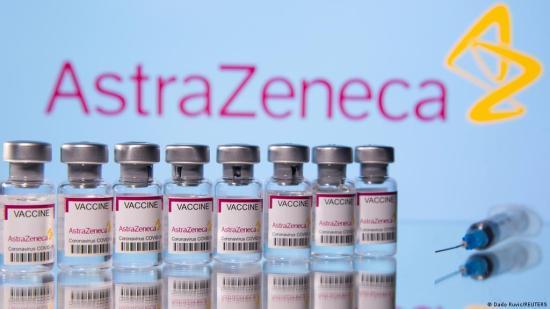 Az AstraZeneca előnyei felülmúlják a lehetséges mellékhatások kockázatait