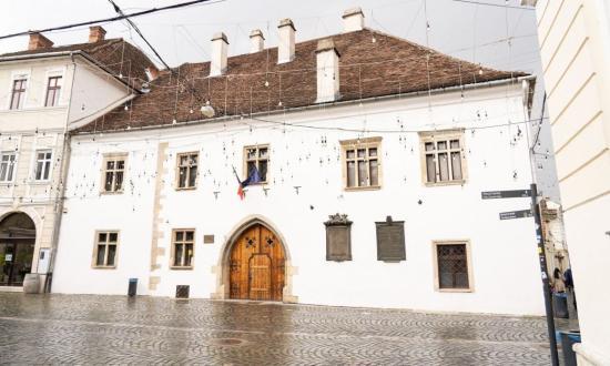 Az RMDSZ restaurálná Mátyás király szülőházát
