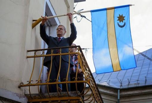 Tőkés László pert nyert az Emberi Jogok Európai Bíróságán a székely zászló ügyében