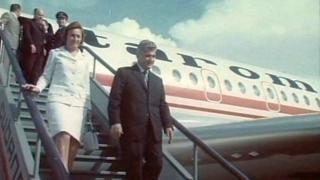 Elárverezik Ceaușescu és Iliescu egykori elnöki különgépeit