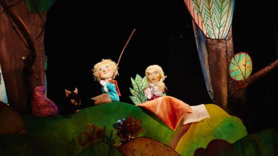 Jancsi és Juliska látható hétvégén a bábszínházban