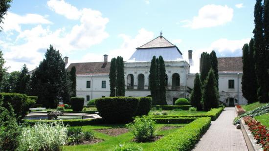 Magyar állami tulajdonban levő cég vásárolta meg a zsibói Wesselényi-kastélyt