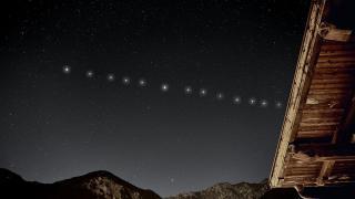 Pénteken este látható lesz a Starlink