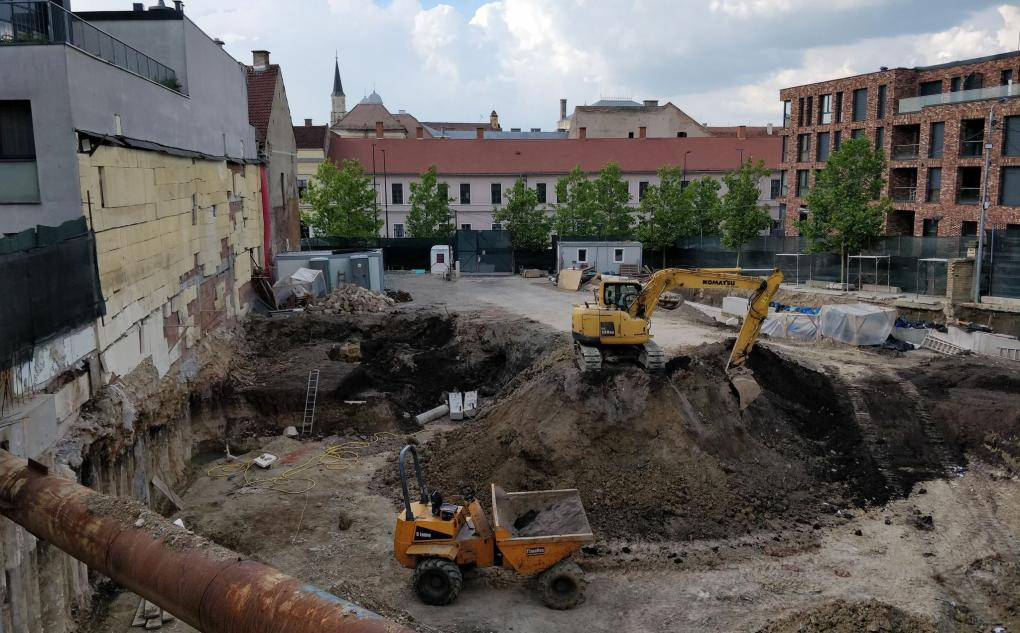 A beépítésre szánt telek felében végeztek eddig leletmentő ásatást