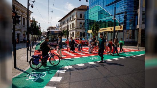 Zöldövezetet, összefüggő biciklipályát kérnek a kolozsváriak