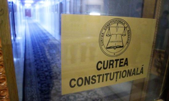 Alkotmánybíróság: alkotmányellenes a nép ügyvédjének felmentése