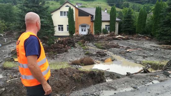 CERT-segélyakció az árvíz sújtotta Verespatakon és az Aranyos mentén (VIDEÓRIPORTTAL)