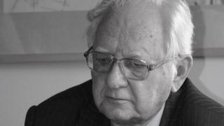 Elhunyt Gálfalvi Zsolt irodalom- és színikritikus, esszéíró