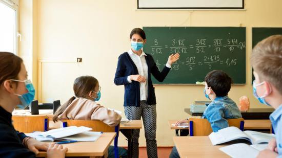 Kolozs megyei pedagógusok az országos szint felett