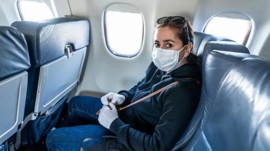 Romániában 26,5 százalékkal csökkent a légi utasok száma az első fél évben
