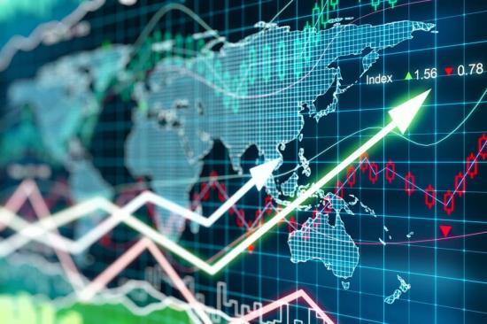 Dübörgő gazdaság és infláció