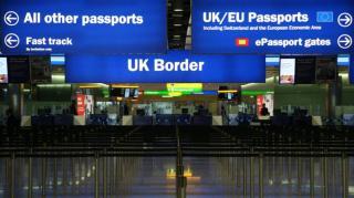 Október 1-jétől csak útlevéllel lehet ...