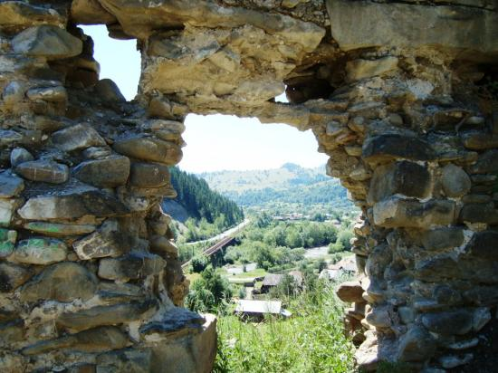 Újjáépítik a Rákóczi várat az ezeréves határnál