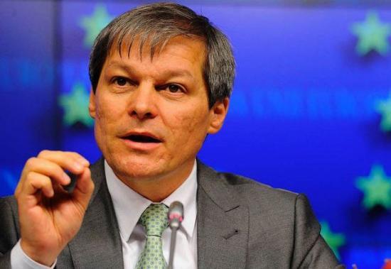 Cioloșt kérte fel kormányalakításra az államfő (FRISSÍTVE Csoma Botond nyilatkozatával)