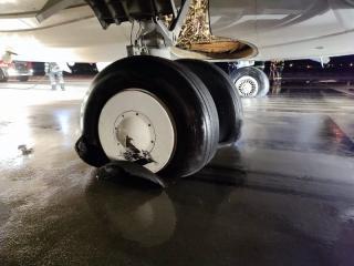 Kigyulladt a Fly Egypt kolozsvári repülőtéren landoló gépének a futóműve